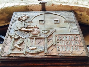 Tuscan arts and crafts