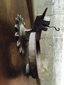 Dragon door bell